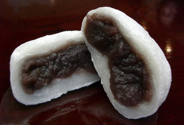 ダイエット中に食べてもいいの?和菓子の定番大福のカロリーについてのサムネイル画像