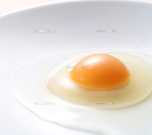生卵のカロリーってどれくらい?卵黄と卵白でカロリーは違うの?のサムネイル画像