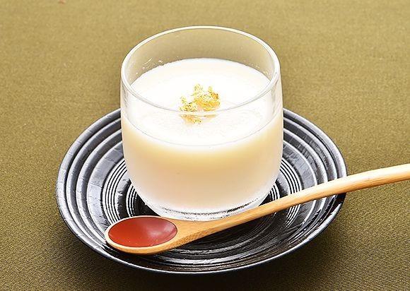 甘酒は「飲む点滴」!?甘酒を使った低カロリーレシピもご紹介!のサムネイル画像