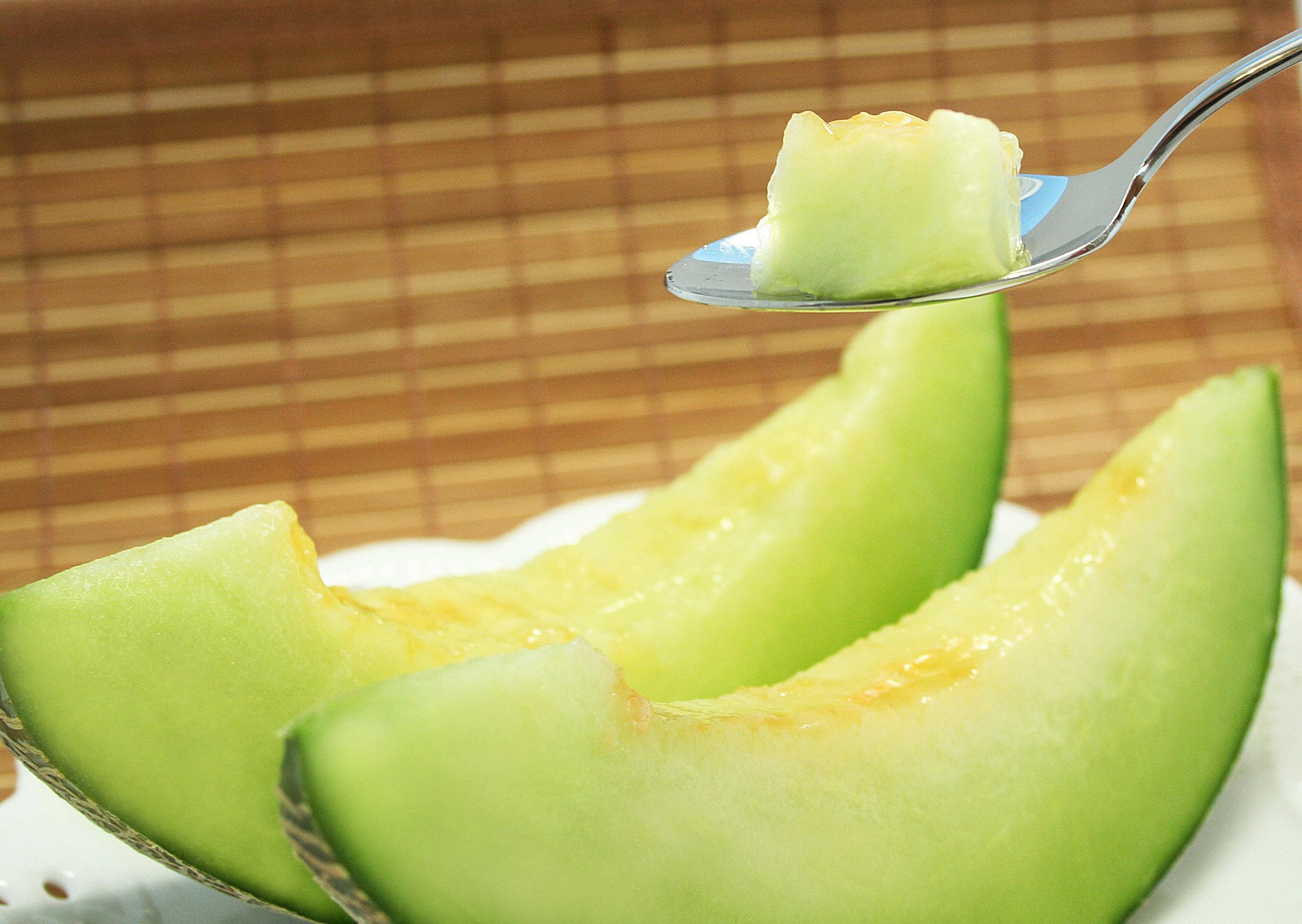 メロンはダイエットに向いてる?メロンのカロリーと栄養効果!のサムネイル画像