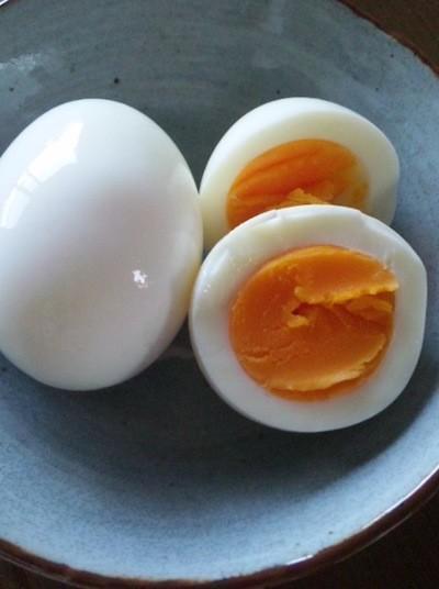 手軽に食べられるゆで卵が実はとっても優秀なダイエット食品なんですのサムネイル画像