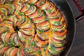 低カロリーだけが魅力じゃない!夏野菜たっぷりのラタトゥイユ♪のサムネイル画像