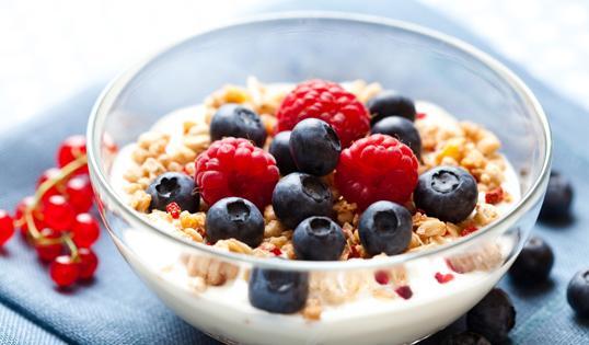 ダイエットには夜のヨーグルトがおすすめ!体の中からきれいになろうのサムネイル画像