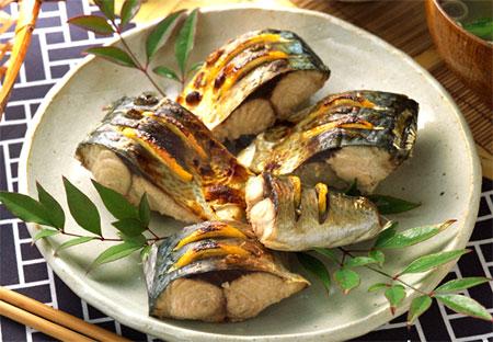 脂のりのり☆ジューシーな鯖のカロリーや栄養を調べてみよう!のサムネイル画像