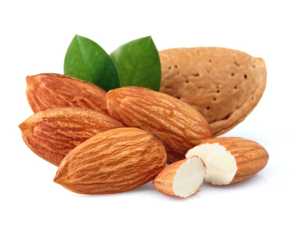 ちっちゃなカラダにたっぷりの栄養素!アーモンドが持つ驚きの効能♡のサムネイル画像
