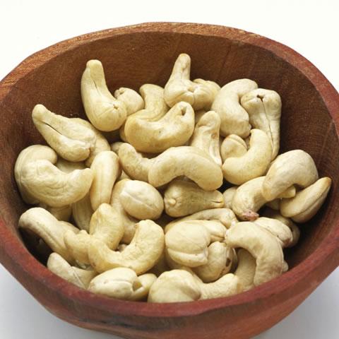 実は健康の味方!!驚きのカシューナッツの栄養とは何か!?のサムネイル画像