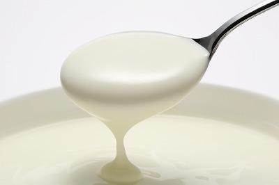 実はヨーグルトは夜に食べると良い?!ヨーグルトの効果まとめ!のサムネイル画像