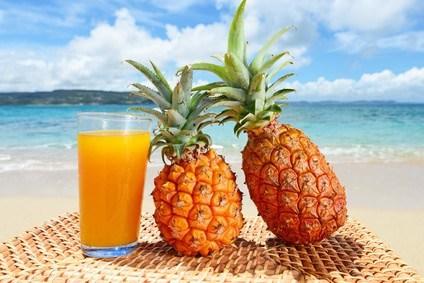 愛されドリンク!パイナップルをジュースで飲めば栄養満点☆のサムネイル画像