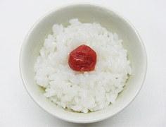 1日1粒食べて健康になる!?梅干しのカロリーと栄養効果を紹介!のサムネイル画像