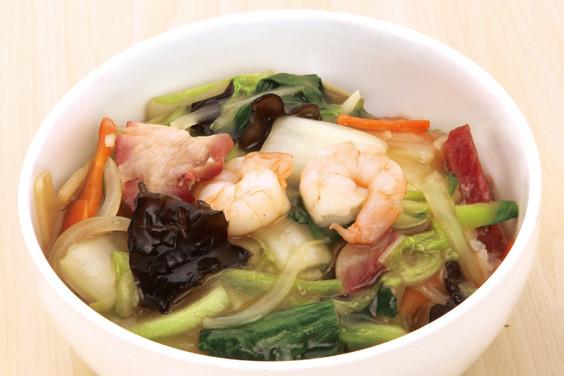 具たくさん中華丼。気になるカロリーとダイエット効果とは?のサムネイル画像
