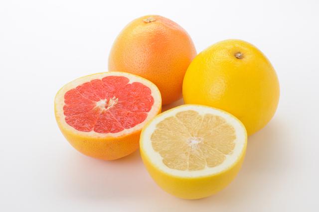 【ダイエット】グレープフルーツのカロリーってどれくらい?のサムネイル画像