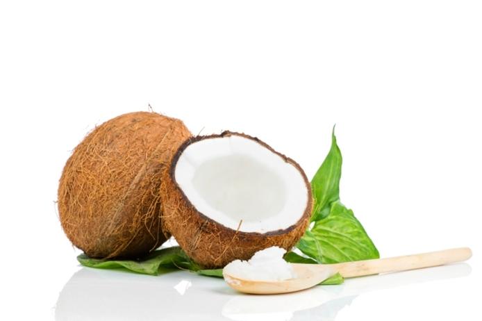飲むだけで効果が期待できる?ココナッツオイルで健康&ダイエット!のサムネイル画像