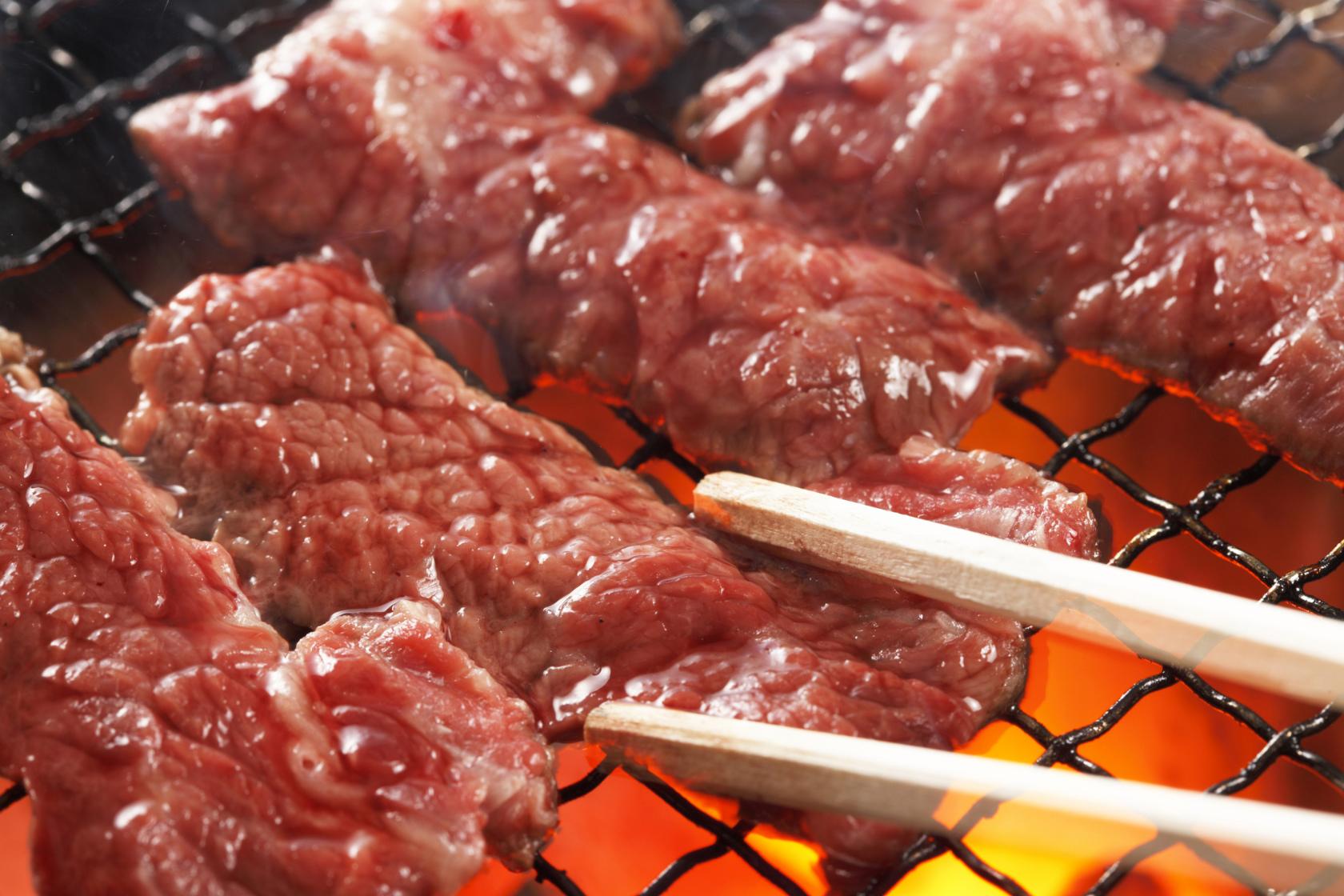 焼肉って太るの?太らない焼肉の楽しみ方8か条を勉強しちゃおう♡のサムネイル画像