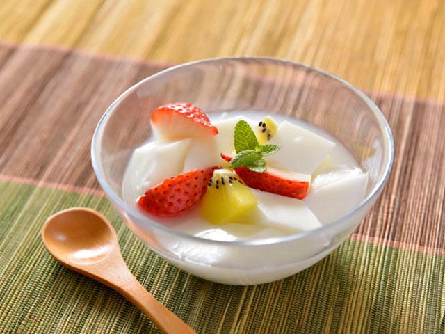 杏仁豆腐のカロリーってどれくらい?気になる杏仁豆腐についてのサムネイル画像
