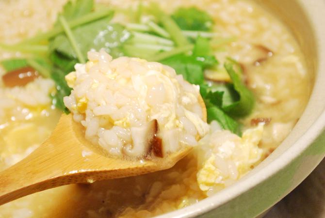 雑炊レシピ5選★うまく組み合わせてカロリーコントロール!のサムネイル画像