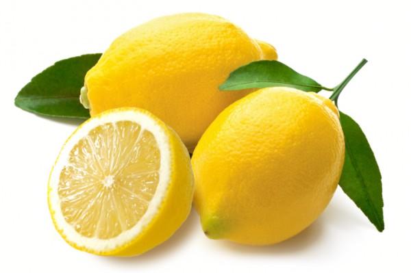 【レモンの栄養】レモンはダイエットに最適?気になるレモンの栄養のサムネイル画像