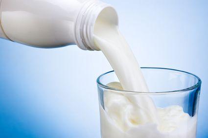 牛乳を飲んでダイエット!?牛乳は太る飲み物じゃなかった!!のサムネイル画像