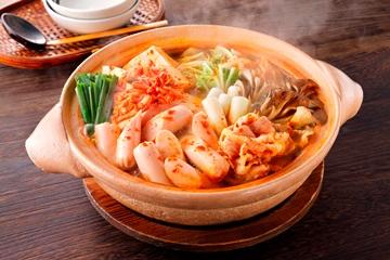 美味しいだけじゃない?定番のキムチ鍋のカロリーと驚きの栄養効果のサムネイル画像