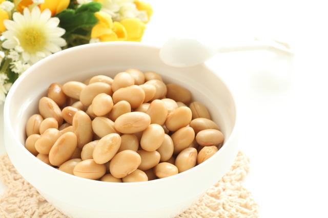 大豆に含まれているイソフラボンって?女性には嬉しい効果が!のサムネイル画像
