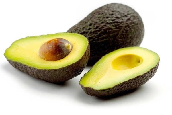 森のバターと呼ばれる「アボカド」その栄養と栄養効果とは?のサムネイル画像