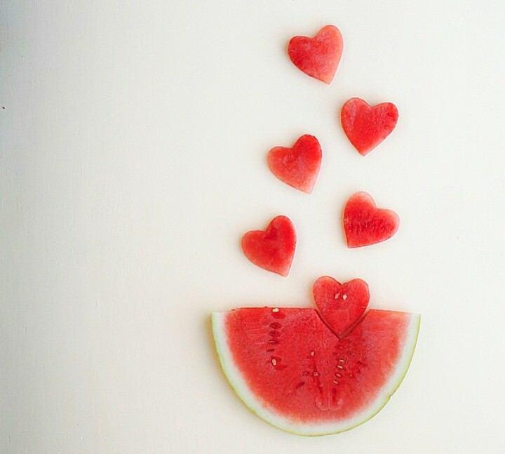 身体にとってもいい効果を持つ赤くてかわいい栄養素♡リコピンのサムネイル画像