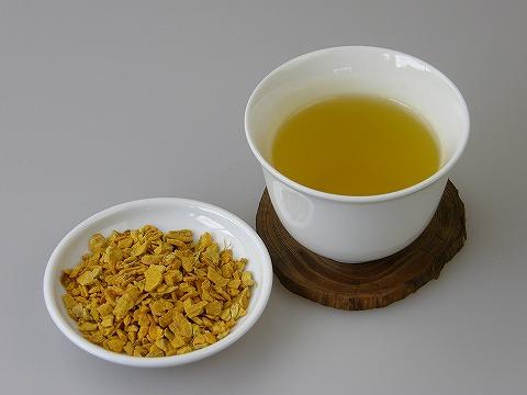 ウコン茶を飲んで健康な体作り!!ウコン茶の効果・効能について☆のサムネイル画像