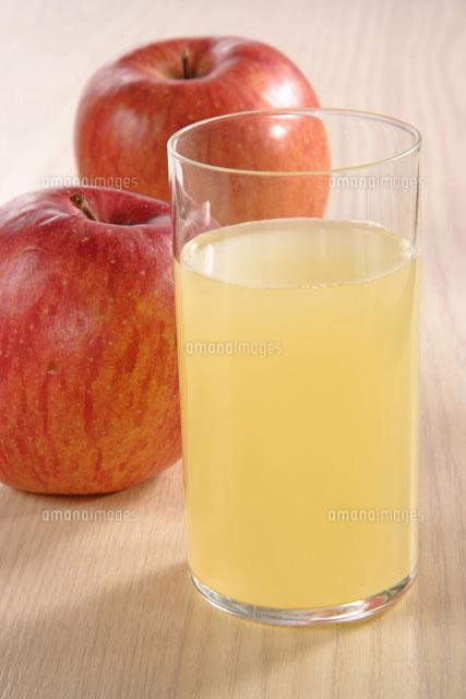 りんごの素材の味を生かして!栄養満点なジュースで頂こう☆のサムネイル画像