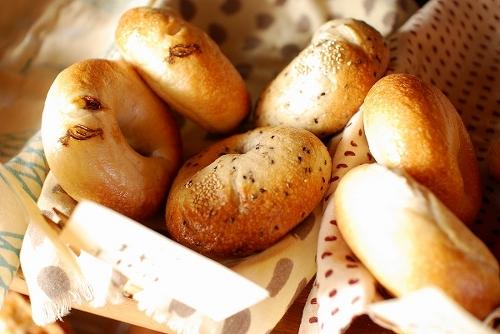 ベーグル大好き!美味しいだけじゃない驚きのカロリーと楽しみ方。のサムネイル画像