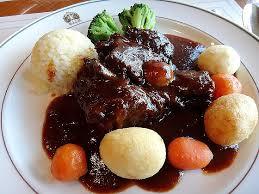 ダイエット中にも食べたい!!!そんなビーフシチューのカロリー検証のサムネイル画像