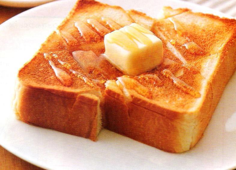 ダイエット中でも食べたい!トーストのカロリーと絶品レシピを紹介!のサムネイル画像