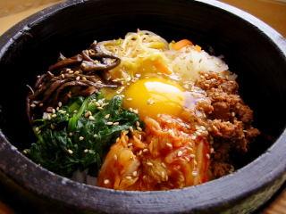 ヘルシーそうな韓国料理ビビンバ!ビビンバのカロリーはどれくらい?のサムネイル画像